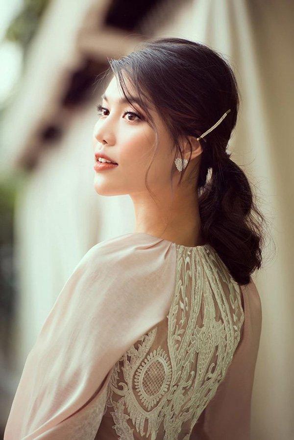 Mê mẩn với vẻ đẹp trong trẻo, thanh khiết của Phạm Băng