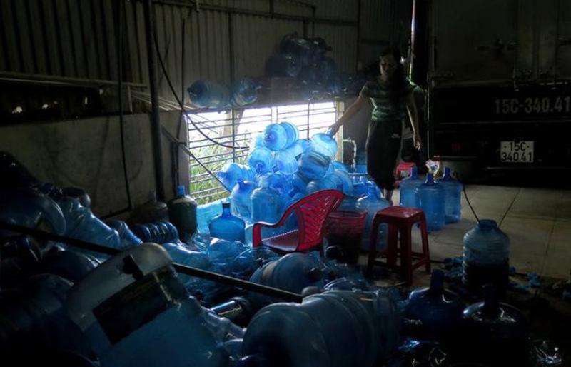 Vụ nước đóng chai làm từ nước thải sinh hoạt: Thu hồi toàn bộ sản phẩm
