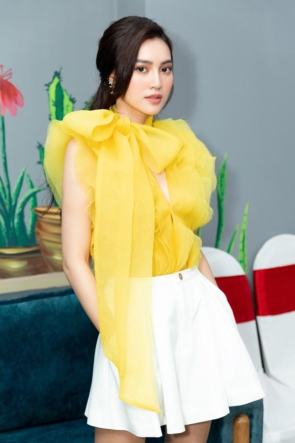 Ninh Dương Lan Ngọc tiết lộ bản thân lại sụt cân vì lịch làm việc dày đặc khiến fan vô cùng lo lắng - ảnh 1