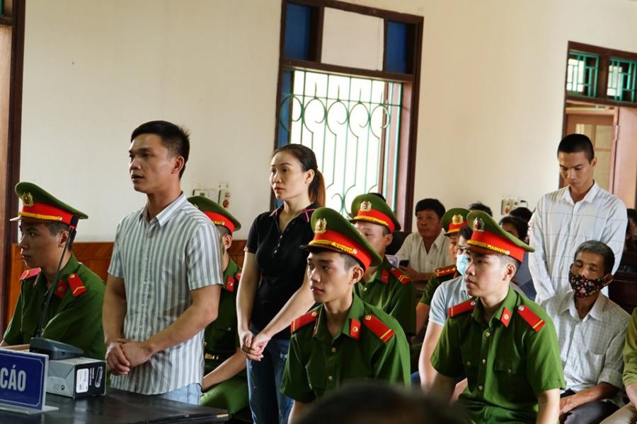 Các bị cáo trước phiên tòa