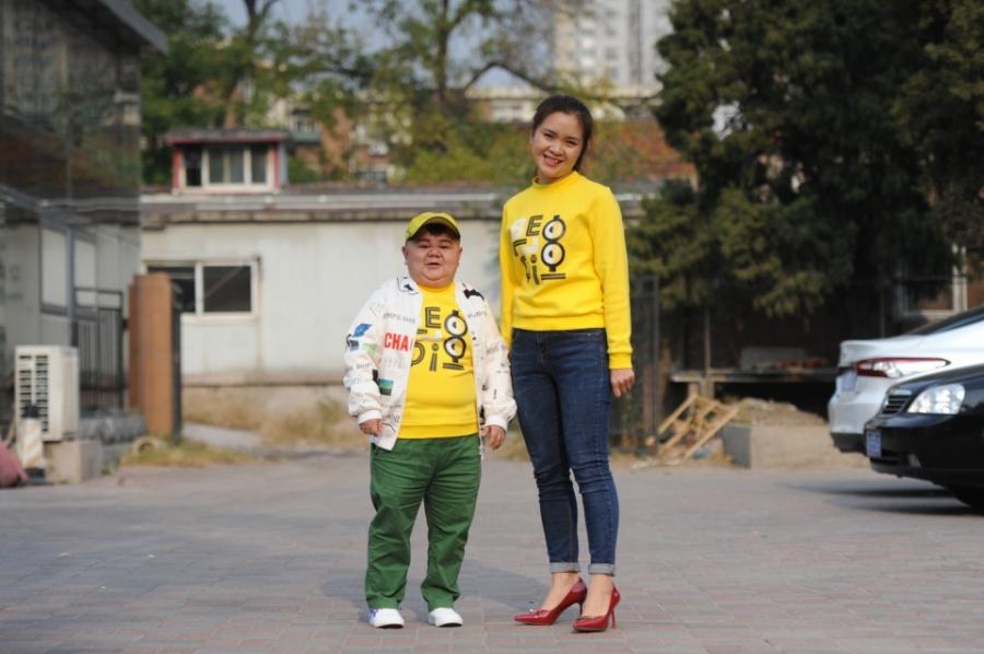 Xiao Zhang có cuộc sống hạnh phúc khi gặp được người vợ thứ hai.