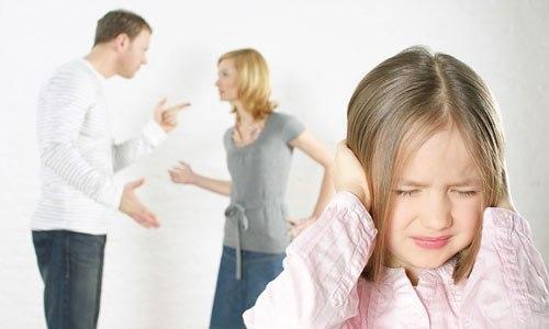 4 điều cha mẹ nên nói với con trước khi ly hôn, nhất là điều thứ 3 cực kỳ quan trọng