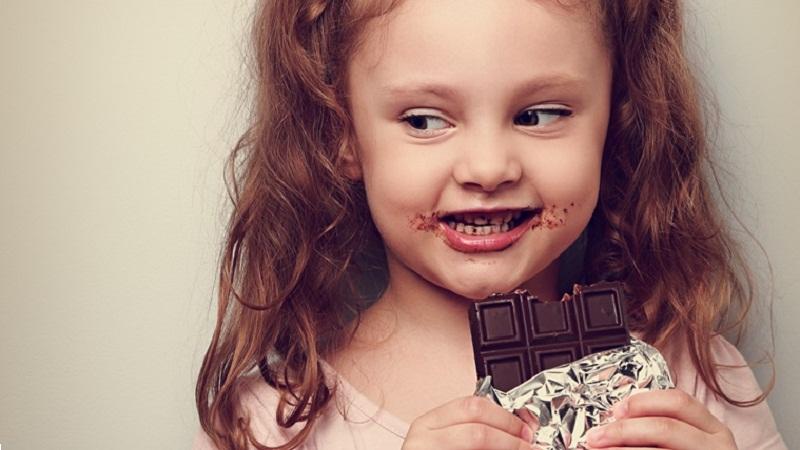 Trẻ dưới 3 tuổi tuyệt đối phải nói 'không' với 5 loại thực phẩm này