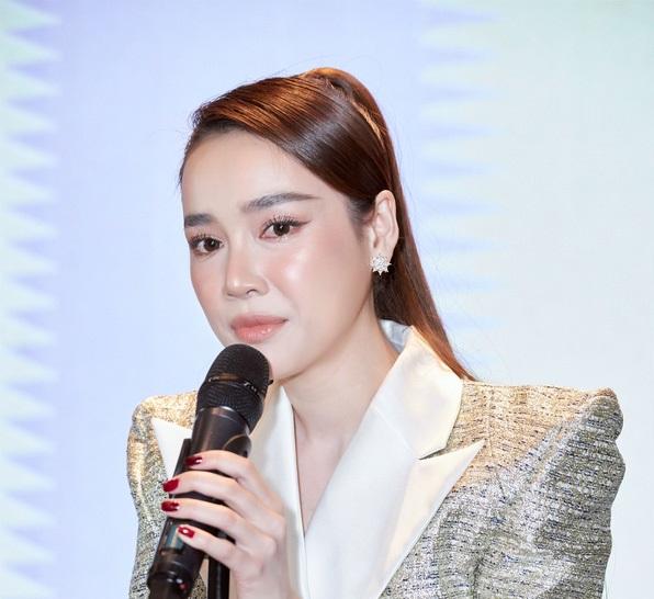 nha-phuong-khoc 1