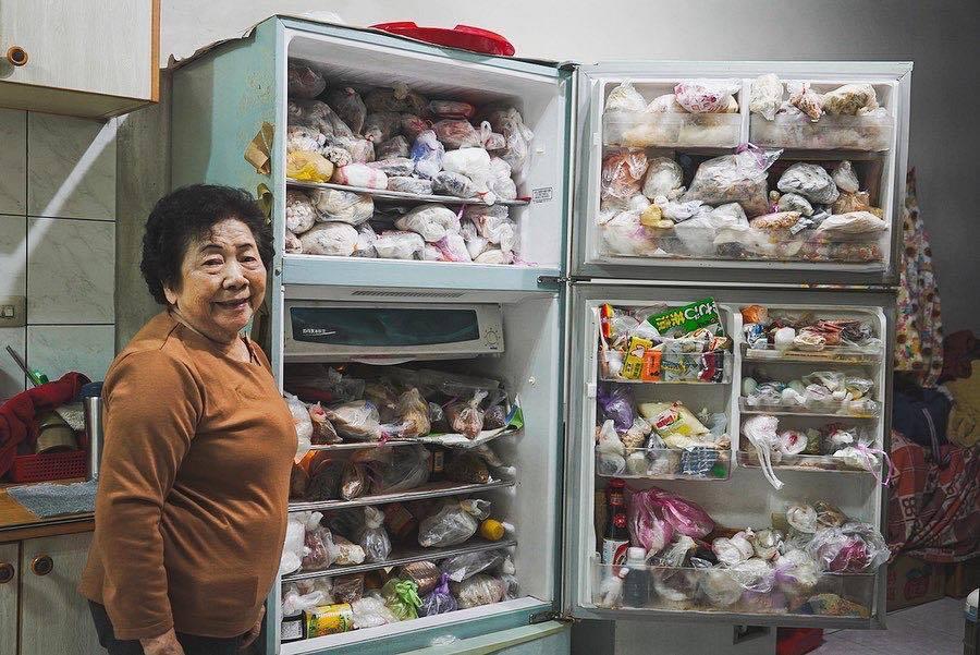 Bà là người duy nhất nhớ được vị trí của tất cả mọi thứ trong tủ