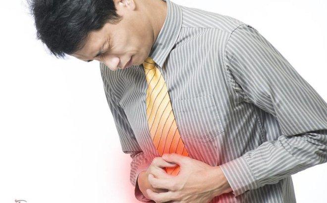 Bạn đau bụng