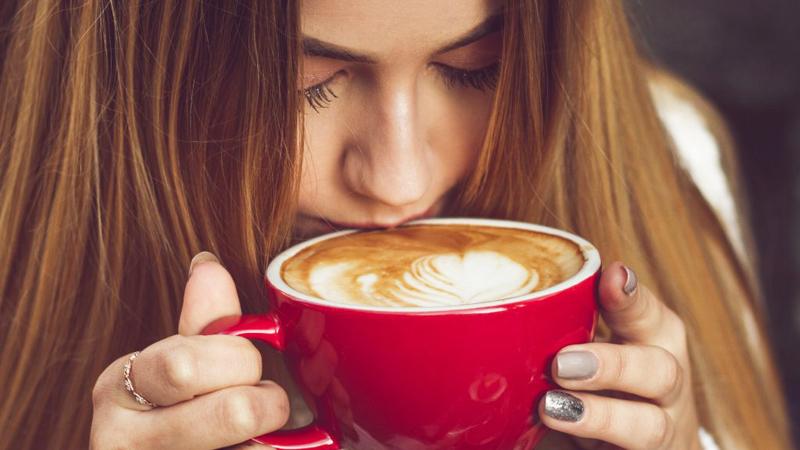 Thường xuyên uống cà phê gây vô sinh