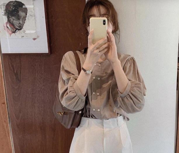 Hội gái Hàn lăng xê áo blouse và có cả loạt cách lên đồ khác biệt vô cùng xịn sò