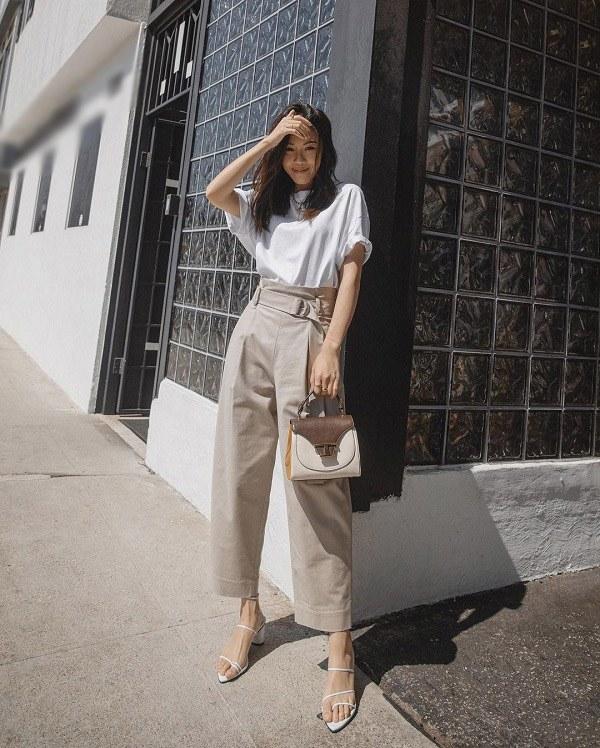 Bí quyết mix đồ cho chị em U40 phù hợp xu hướng thời trang 2021