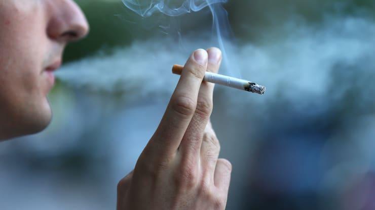 Hút thuốc kéo dài gây hại gan thận
