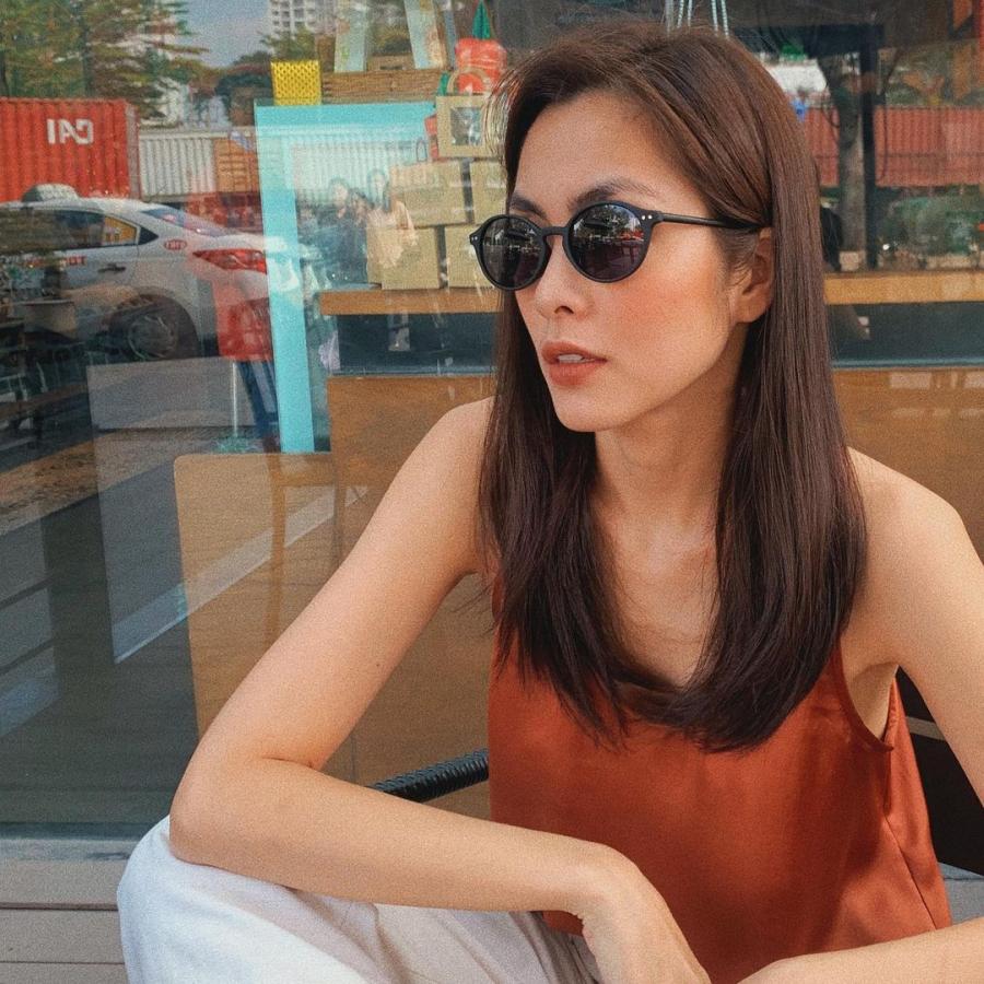 Học tập từ Hà Tăng bạn cũng có thể tăm tia được bao cách diện đẹp gam màu nâu