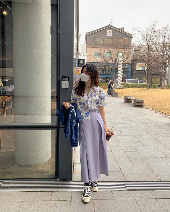 Gợi ý 10 cách mix áo hoa chuẩn sành điệu cho nàng công sở thỏa sức làm điệu mùa hè này