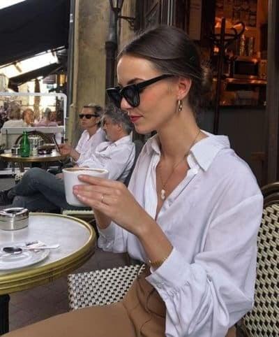 Lên đồ đi cà phê chụp hình sống ảo với bạn thân bằng loạt tips hay ho