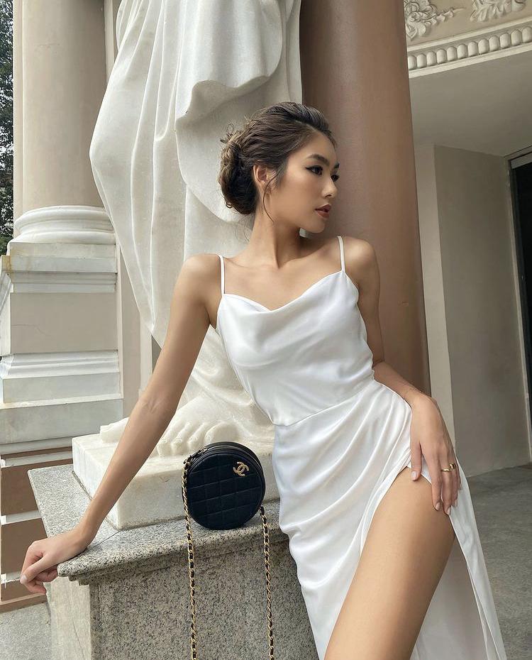 """6 thiết kế váy trắng là """"siêu phẩm"""" của ngày hè chị em cần bổ sung vào tủ đồ"""