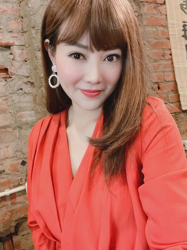Chỉ mới xuất hiện trong vài tập phim mới, Thanh Hương đã có loạt gợi ý mặc sơ mi cực sành điệu
