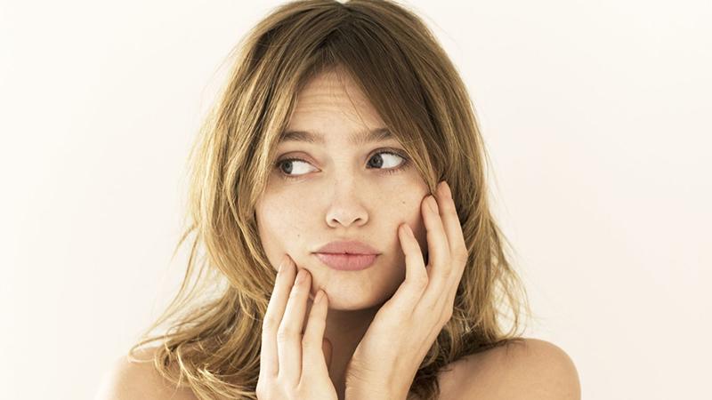 4 nguyên tắc quan trọng để giữ cho làn da sạch mụn ngày hè nắng nóng