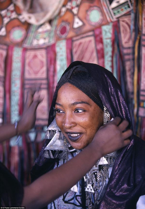 bo-lac-tuareg-02
