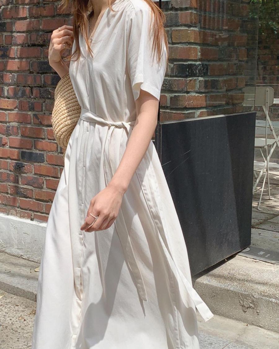 Đây chính là là 4 kiểu váy xinh tươi mà chị em nên sắm đủ để hack dáng lại sành điệu