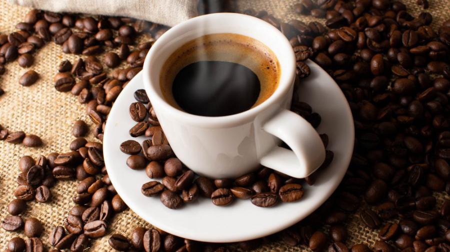 Khoa học chứng minh người thường xuyên uống cà phê ít bị nhiễm Covid