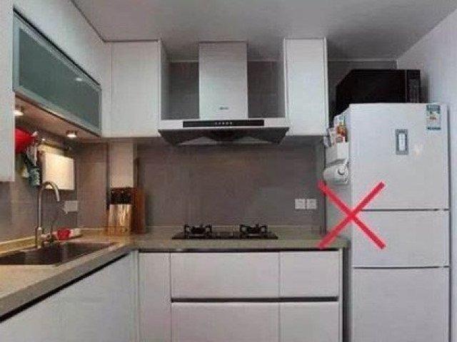 Theo phong thủy không nên đặt tủ lạnh cạnh nguồn lửa trần
