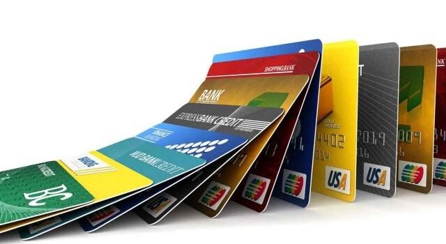 Dùng thẻ tín dụng sai cách có thể khiến bạn thành con nợ