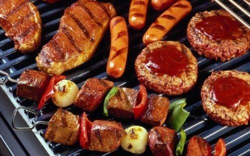 Bữa tối nên ăn ít thịt tốt cho sức khỏe