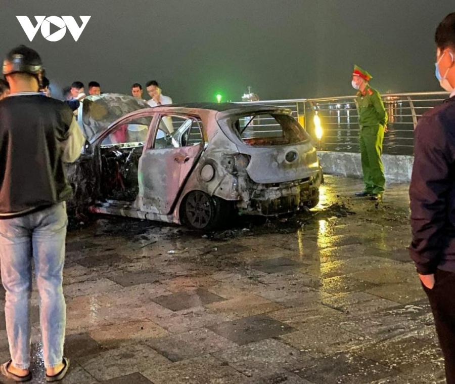 Vụ cháy xe tại Quảng Ninh (Ảnh: VOV)
