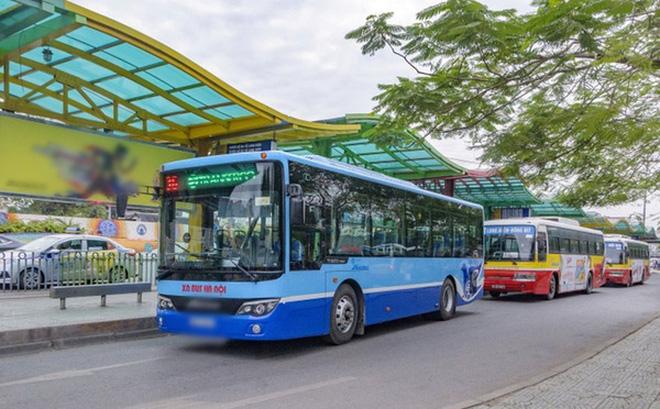 Do ảnh hưởng của dịch Covid-19, xe buýt ở Hà Nội đã dừng hoạt động gần 3 tháng (kể từ ngày 18/7 đến nay).