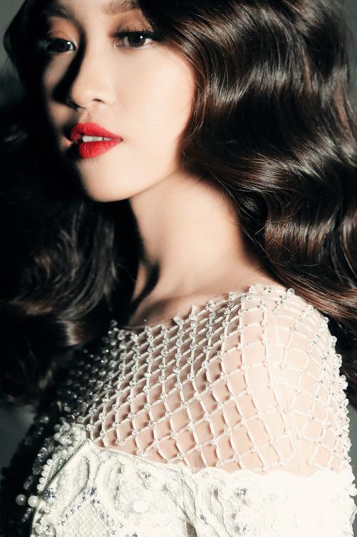 Hoa hậu Mỹ Linh diện váy cưới đẹp lộng lẫy 6