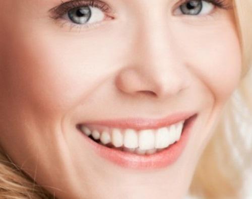 Kết quả hình ảnh cho Thoạt nhìn, răng rực rỡ của bạn có vẻ khỏe mạnh