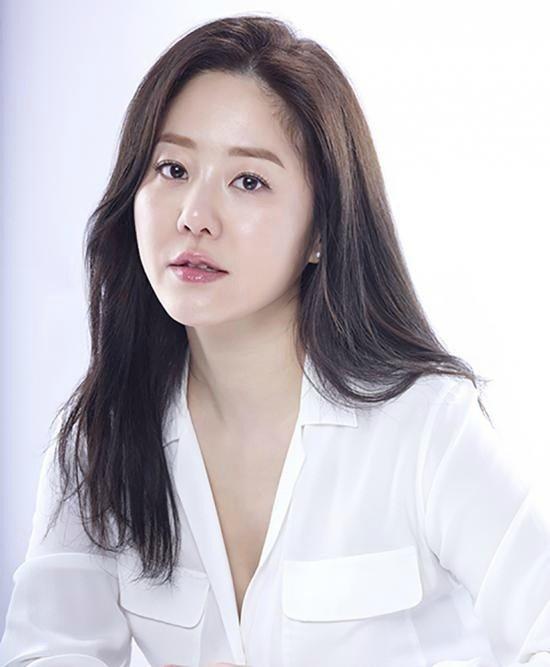 103603_go-hyun-jung-1