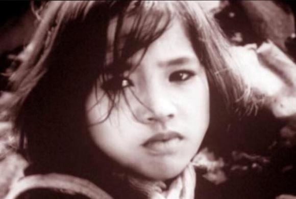 Ít ai biết về cuộc ly hôn đẫm nước mắt sau những trận đòn roi của Em bé Hà Nội Lan Hương