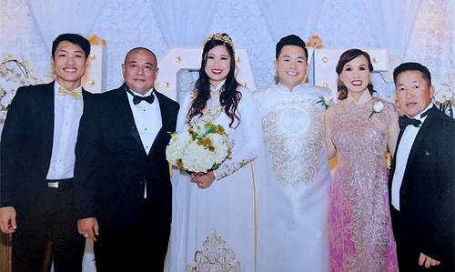 Đám cưới con gái Xí Ngầu của nghệ sĩ Hồng Vân