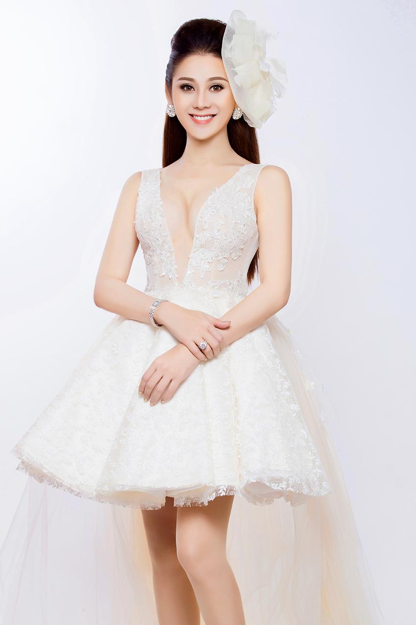 Có bạn trai đại gia, Lâm Khánh Chi nhanh chóng mặc váy cưới 4