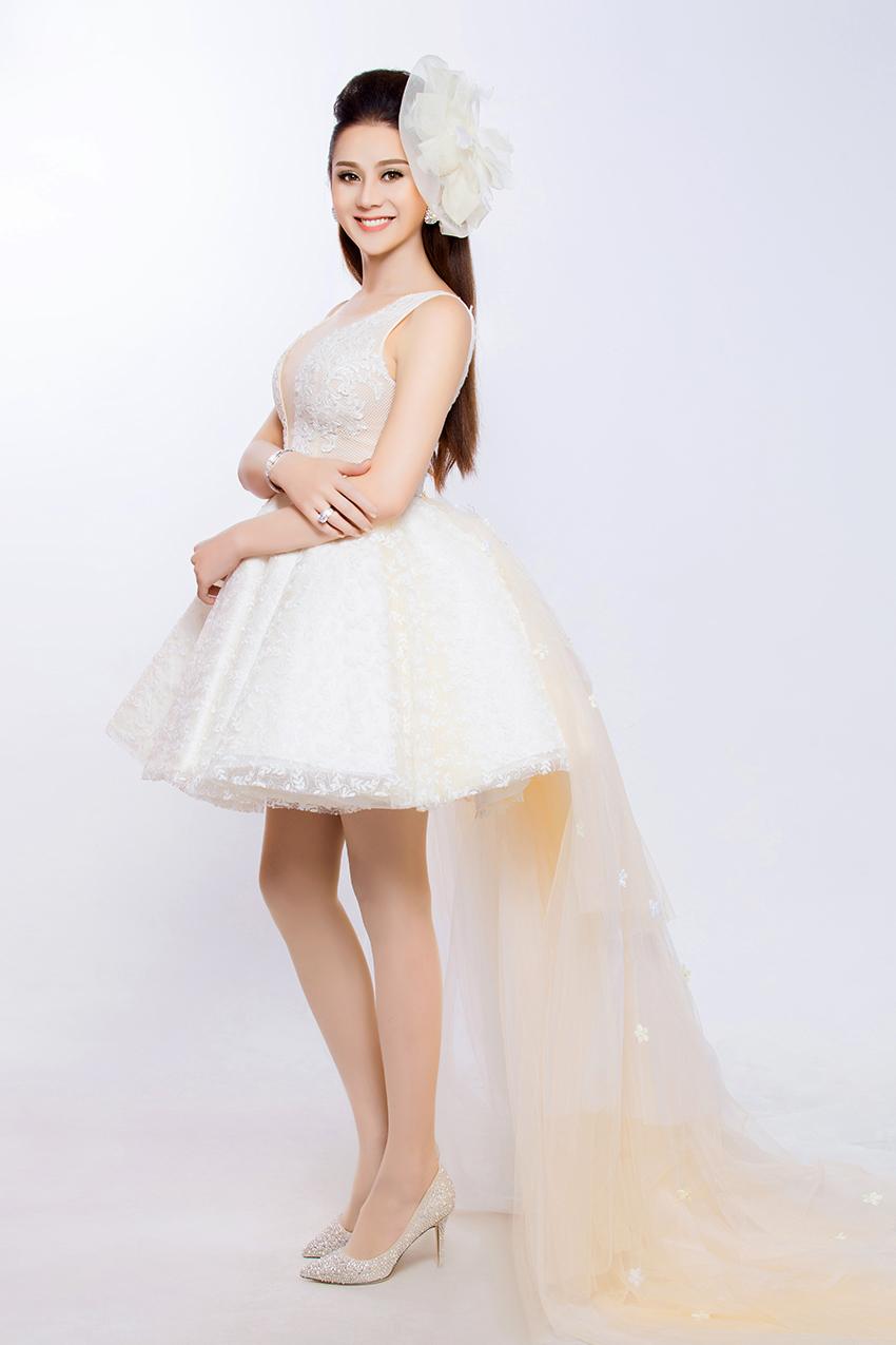 Có bạn trai đại gia, Lâm Khánh Chi nhanh chóng mặc váy cưới 5