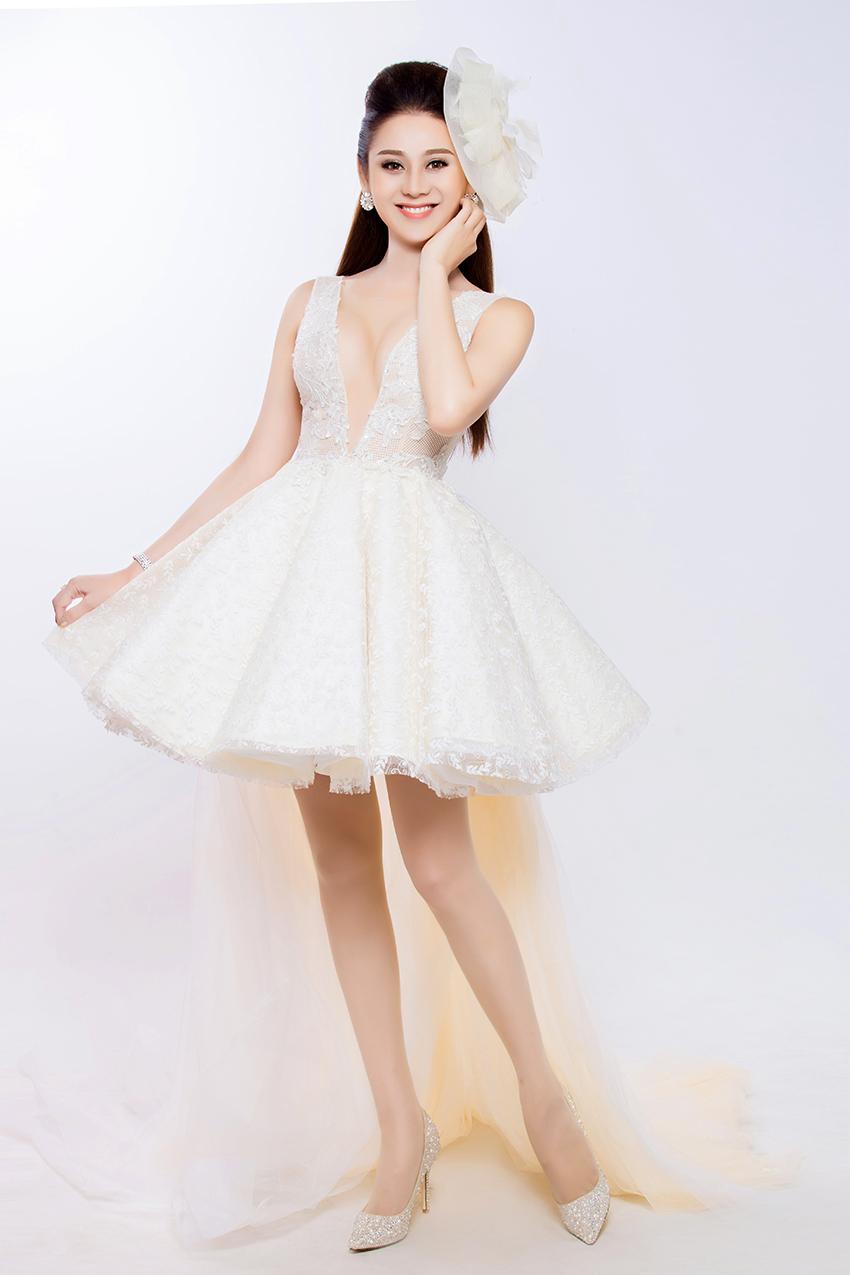 Có bạn trai đại gia, Lâm Khánh Chi nhanh chóng mặc váy cưới 7