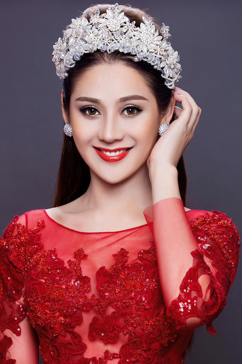 Có bạn trai đại gia, Lâm Khánh Chi nhanh chóng mặc váy cưới 8