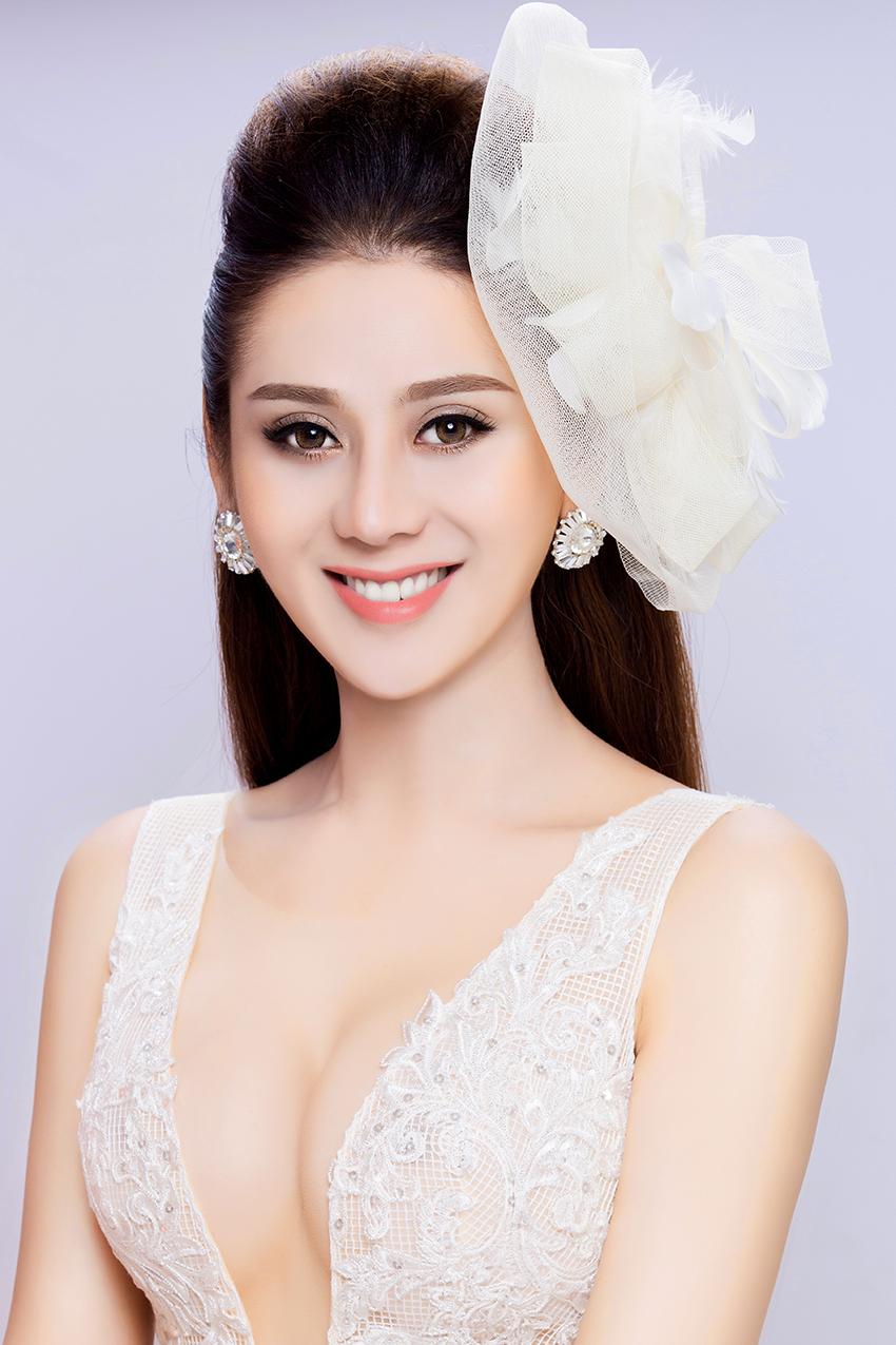 Có bạn trai đại gia, Lâm Khánh Chi nhanh chóng mặc váy cưới 2