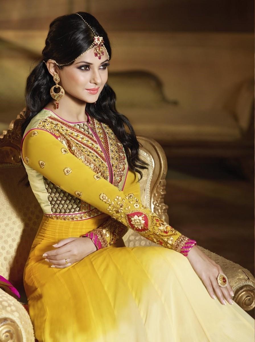 Bí mật đằng sau chiếc váy cưới của cô dâu Ấn Độ 2