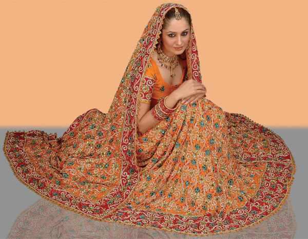 Bí mật đằng sau chiếc váy cưới của cô dâu Ấn Độ 8