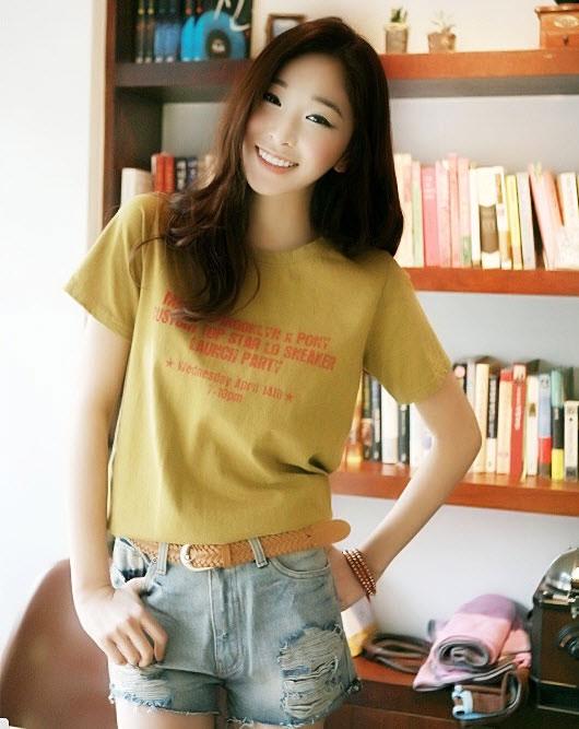 cach-phoi-do-voi-quan-short-jeans-cho-he-nang-dong-3945-1
