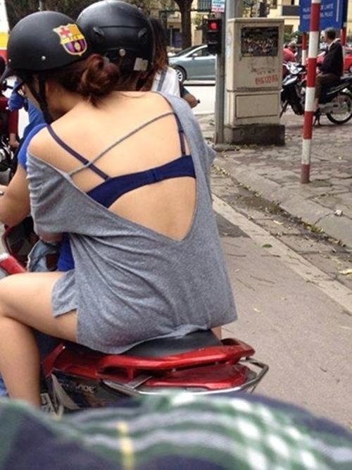 1527730595-960-khi-phai-dep-hon-nhien-mac-nhu-coi-tran-xuong-pho-1-1527668243-width500height667