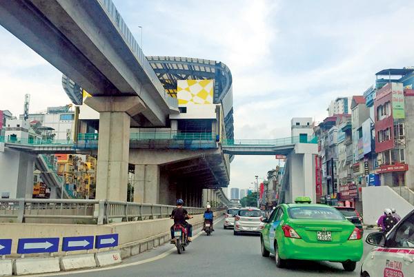Dự án đường sắt Cát Linh - Hà Đông cũng được thúc giục để sớm đưa vào hoạt động