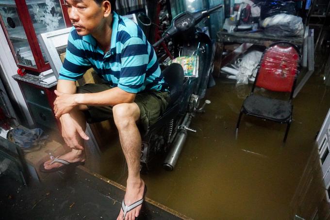 Bao mùa mưa đi qua nhưng TP HCM vẫn không thoát cảnh ngập úng sau mưa