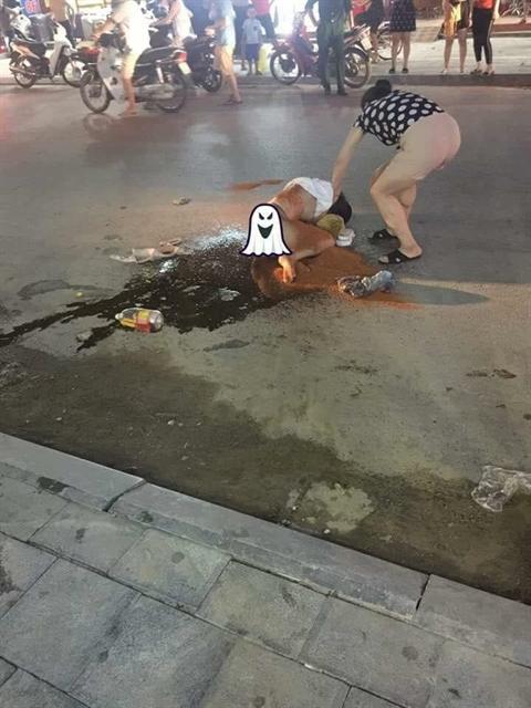 Hình ảnh vụ việc được cho là đánh ghen diễn ra vào tối 12/6 tại đường Cao Thắng, Thanh Hóa