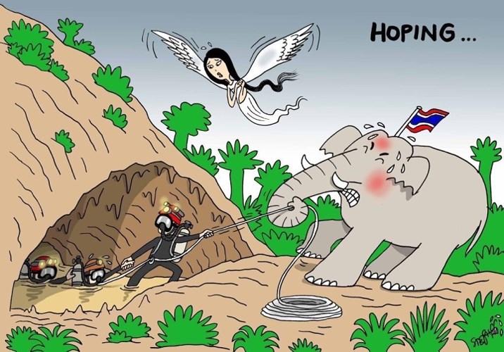 Cả đất nước Thái Lan, biểu trưng là hình ảnh chú voi, dõi theo công cuộc giải cứu gian nan này.