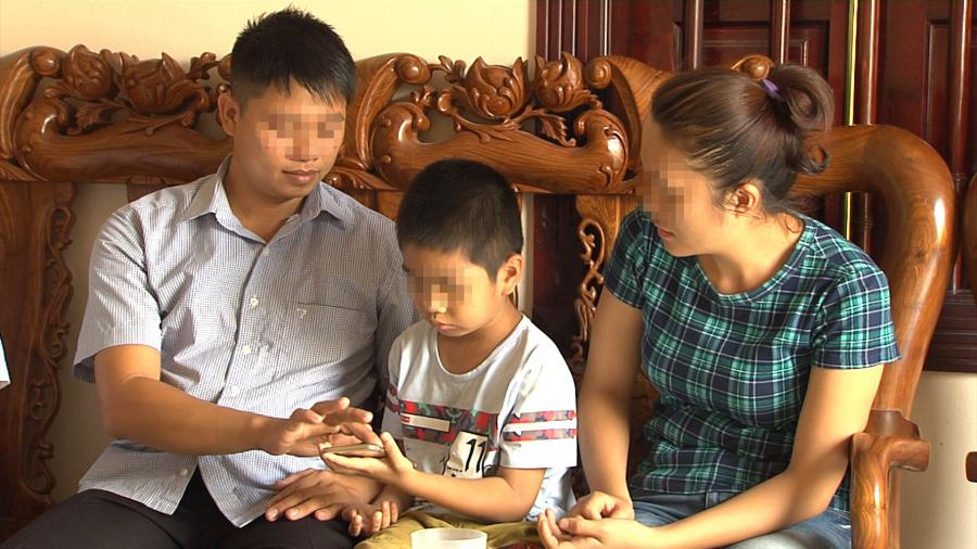 Gia đình anh Sơn chị Hiền và cháu H.