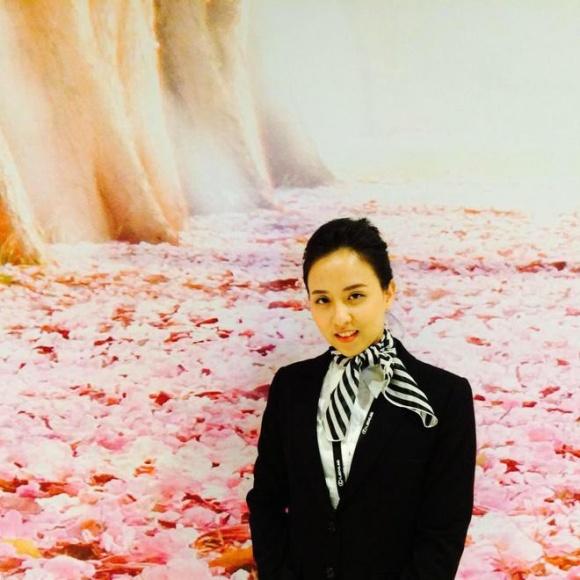 Trên mạng xã hội, rất nhiều người hâm mộ đã để lại lời khen cho nhan sắc của chị gái Hương Giang.