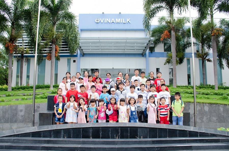 Các bé đã có một ngày thật vui với nhiều hoạt động bổ ích tại Nhà máy sữa Việt Nam