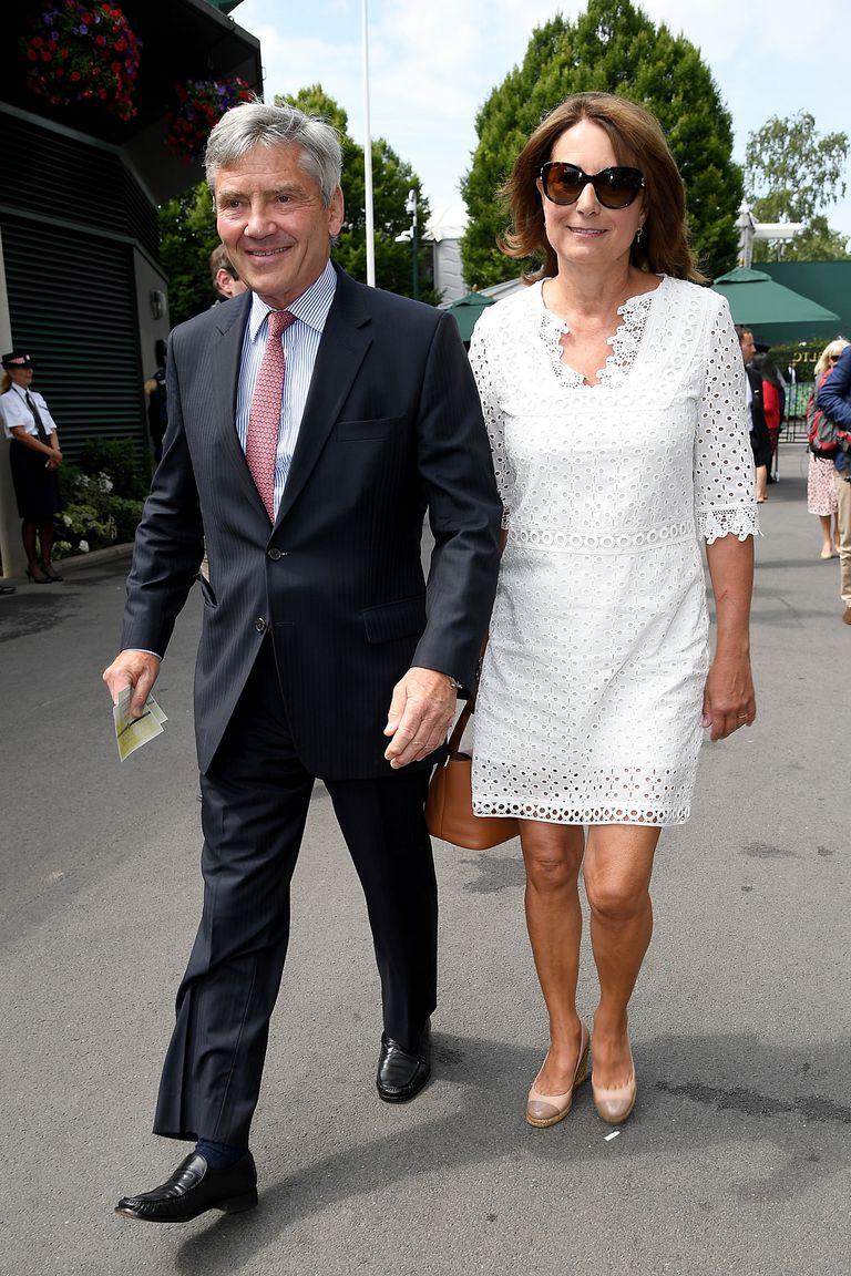 Nhiều nhận định cho rằng chị em nhà Công nương Middleton sở hữu gu ăn mặc tinh tế là nhờ vào cha mẹ của họ Carole và Michael Middleton.